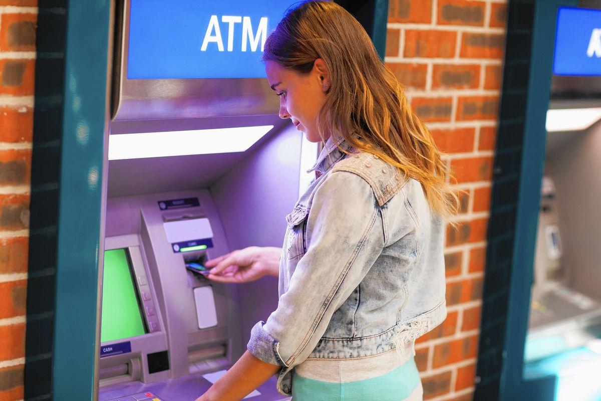باز کردن حساب بانکی