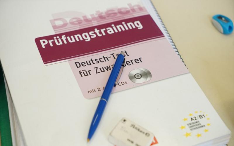 آزمون زبان آلمانی برای مهاجرین